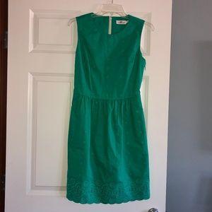 Vineyard Vines kelly green dress